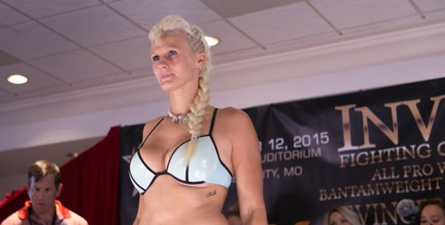 UFC Signs Invicta FC Veteran Cindy Dandois, Debuts Against Alexis Davis