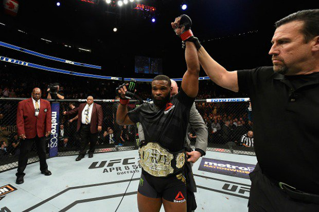 Tyron Woodley wins majority decision over Wonderboy in UFC 209 main event