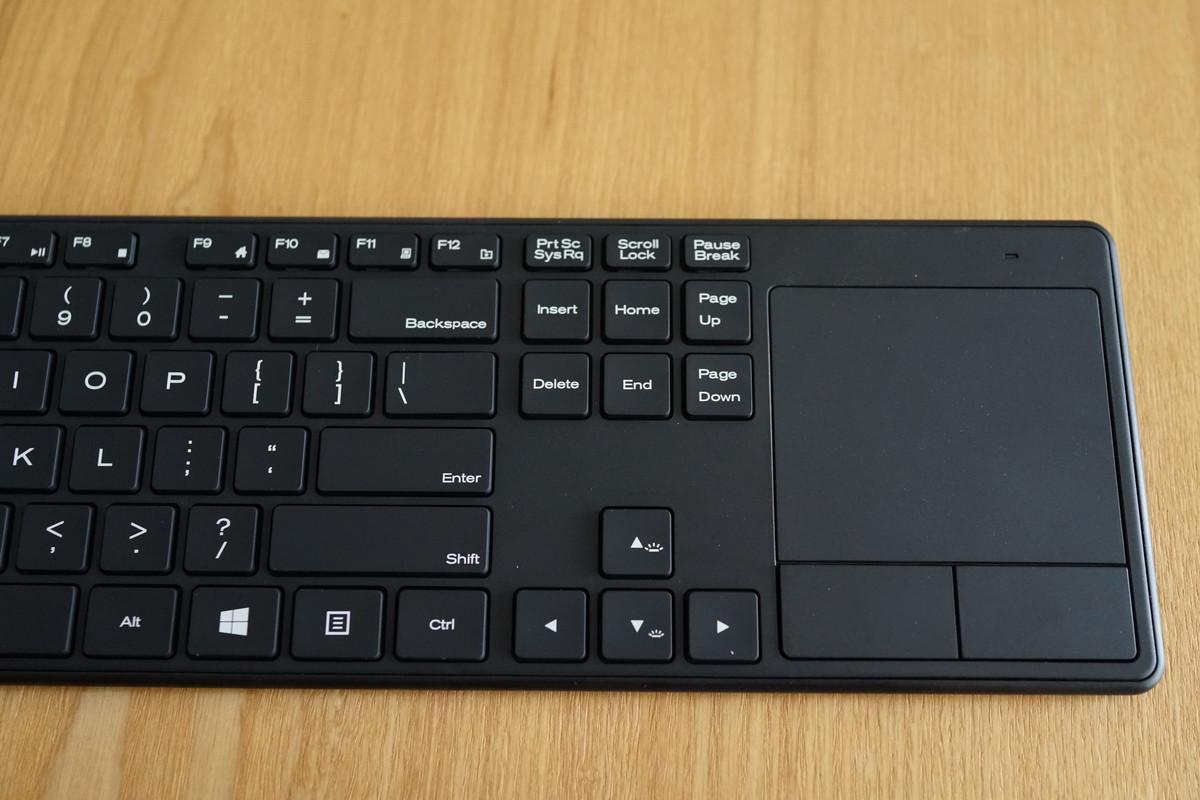 15インチ タッチパット付き 英語配列Bluetoothキーボード アイソレーション+パンタグラフ
