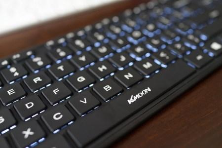 15インチ タッチパット付き 英語配列Bluetoothキーボード アイソレーション+パンダグラフ