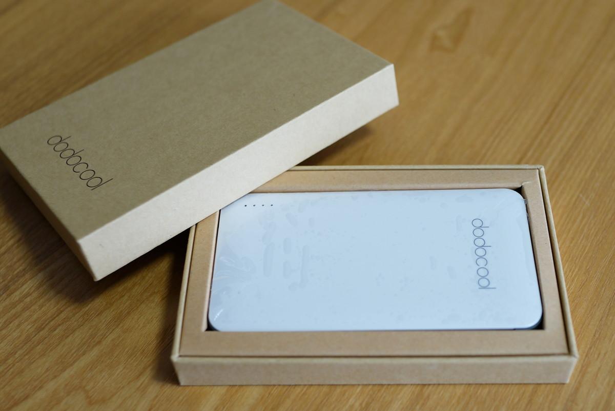 dodocool Android Apple両用 5000mAhモバイルバッテリー