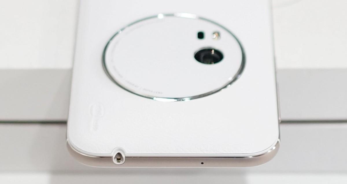 ZenFone Zoom ZX551ML レビュー 外観参考写真