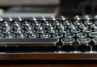 Azio 茶軸メカニカル USBゲーミング キーボードMGK L80レビュー