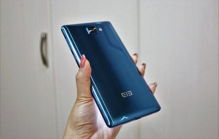 【クーポンで$199.99】Elephone S8 の実機レビュー AUのCDMA2000が使える6インチスマホ