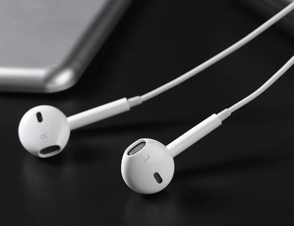 Apple EarPod 3.5mm有線イヤホンが$13.35でセール中!めっちゃ安い!!