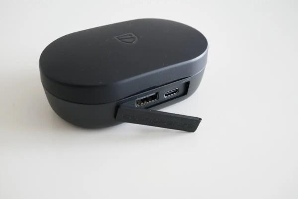 大容量3000mAhでモバイルバッテリーにもなるSOUNDPEATS TrueShift2 完全ワイヤレスレビュー