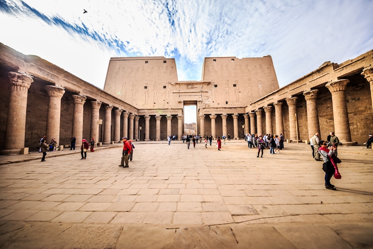 temple of horus egyptian architecture