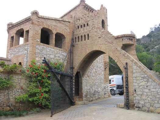 Antoni Gaudi Architecture Barcelona Art Nouveau Modernisme