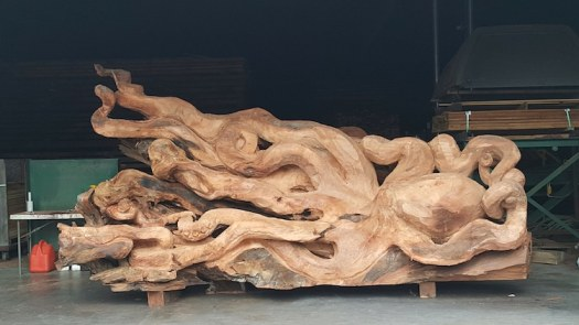 redwood tree octopus sculpture