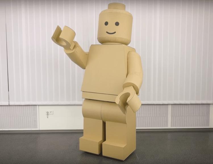 DIY Halloween Costume LEGO minifig