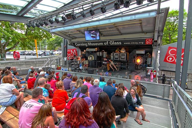 Outdoor Hot Glass Show