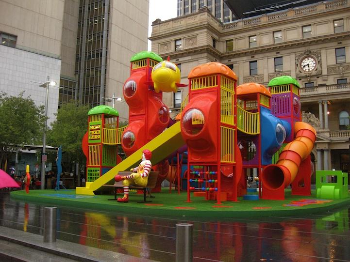 Architecture Mcdonalds Place Play