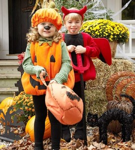 halloween traditions, halloween tips, trick or treat, halloween explained