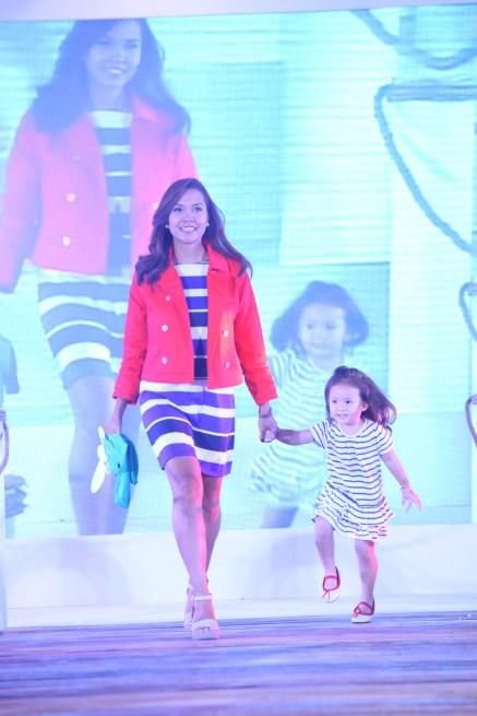 Here's Ria Tanjuatco-Trillo with daughter Raquel.