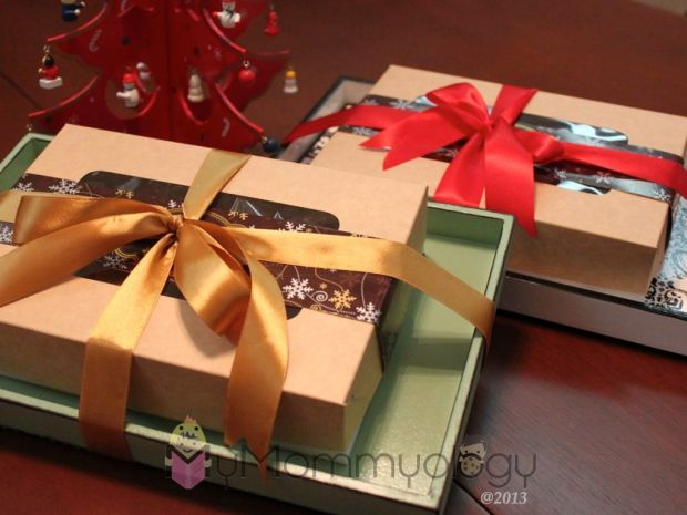 Yummy, pretty gifts.  What more can you ask for?