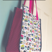 Sew an 'Instamatic' Tote Bag - free tutorial