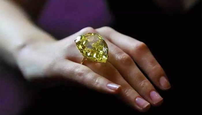 В чем суть воздействия драгоценных и полудрагоценных камней на организм человека