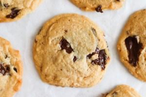 How-to-make-homemade-tahini-chocolate-chip-cookies