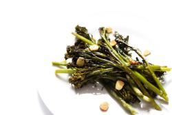 Roasted-tenderstem-broccoli-on-plate