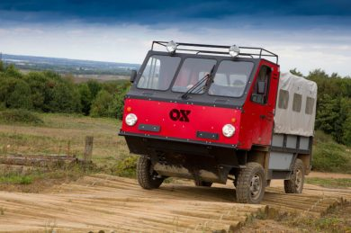 ox-by-global-vehicle-trust-flat-pack-truck-889x592