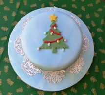 Christmas tree and cake lace.