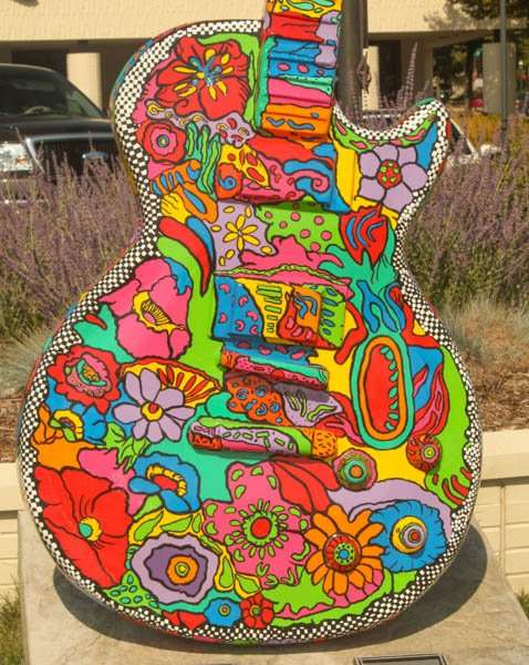 Flower guitar body