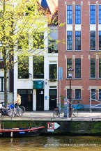 Picture of narrowest house in Amsterdam