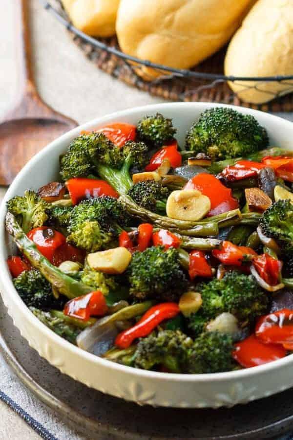 Simple, Healthy Roasted Vegetables Recipe {Paleo, Gluten-Free, Clean-Eating, Dairy-Free, Whole30, Vegan}