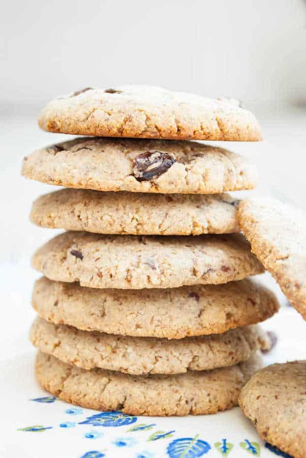 Paleo Oatmeal Cookies