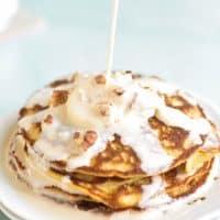 Flourless oatmeal pancakes