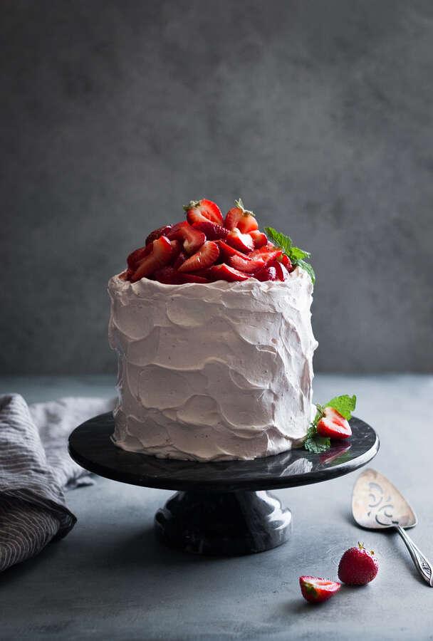 Gluten-Free Strawberry Cake From Scratch
