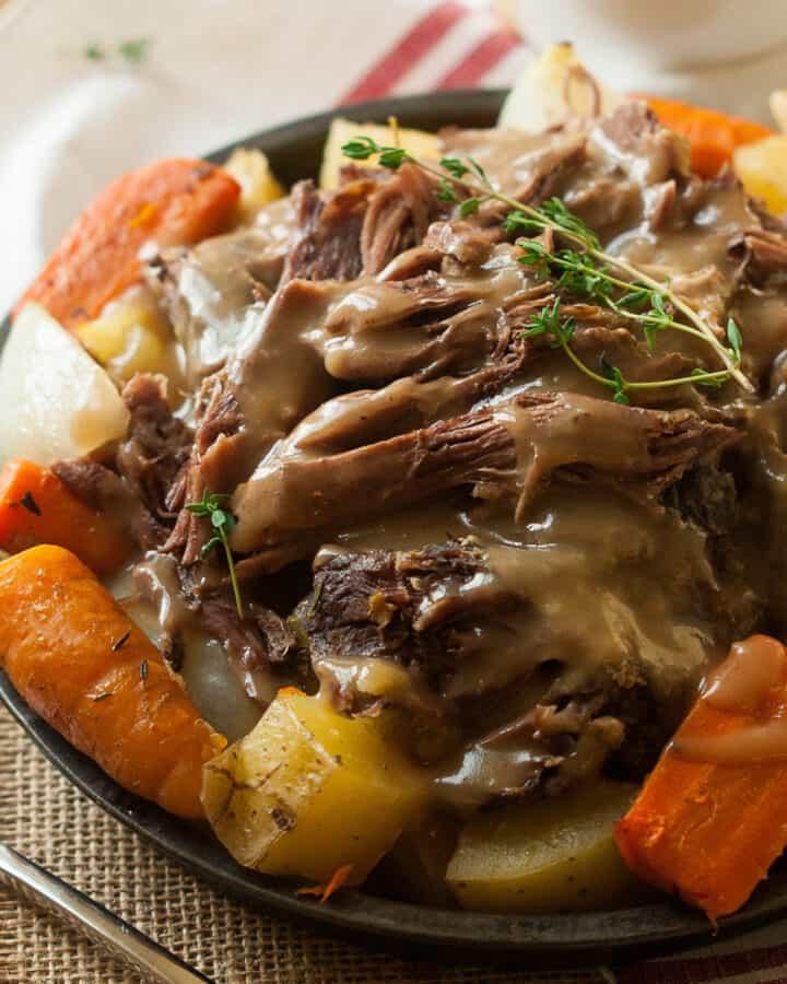 crock pot roast with potatoes and carrots