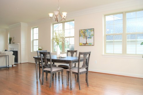 Picture of dining room home staging in a new home