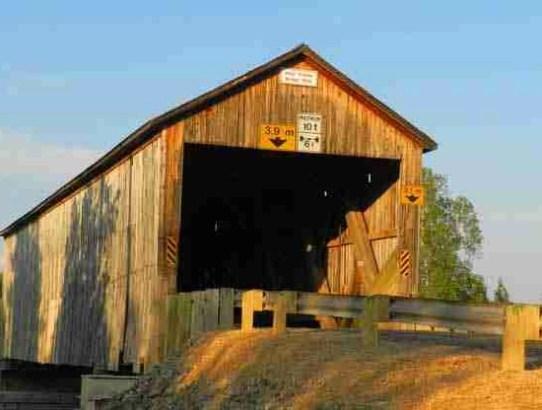 Hoyt Station Covered Bridge