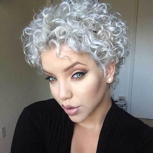 plata corto cortes de pelo para cabello rizado