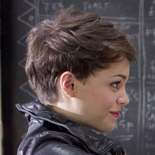 natural pixie cut