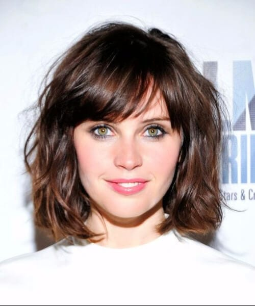 felicity jones wavy bob shag haircut
