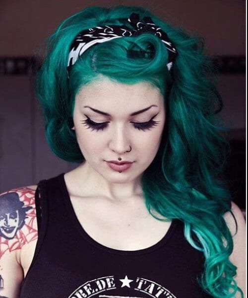 forest green pin up hairstyles