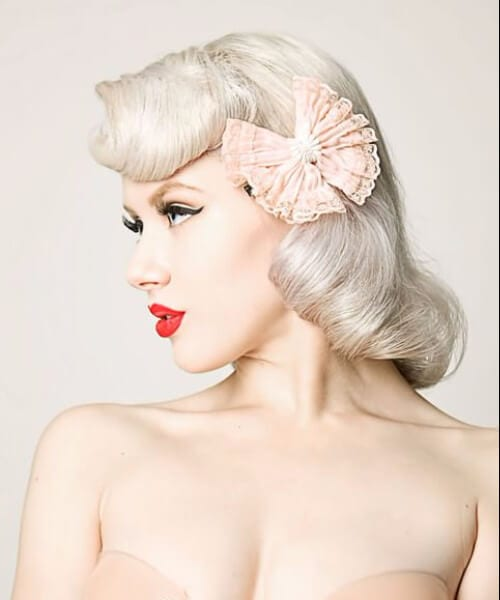 nude pin up hairstyles