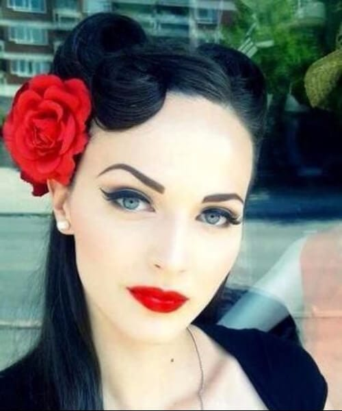 roses pin up hairstyles