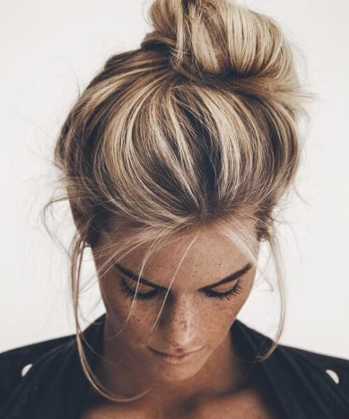 lopsided messy knot hairstyles for thin hair