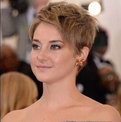 shaileene woodley long pixie cut
