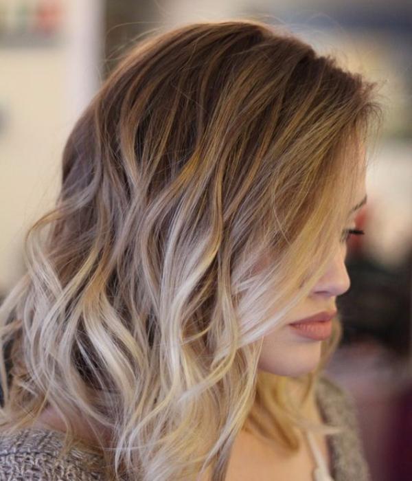 champagne balayage hair color