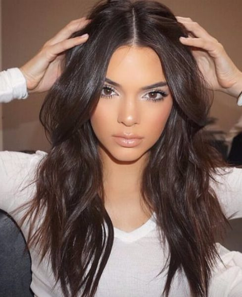 kendell jenner layered haircuts