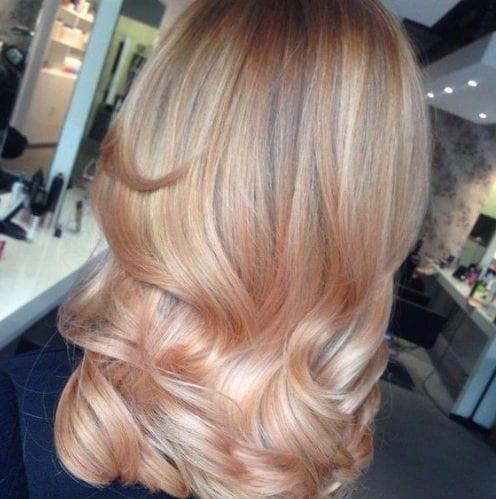 la luz de la mandarina y crema de balayage color de pelo