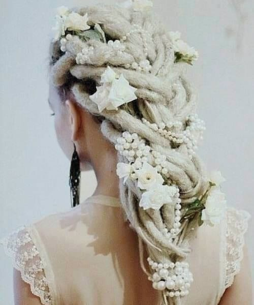 50 Dreamy Wedding Hairstyles for Long Hair