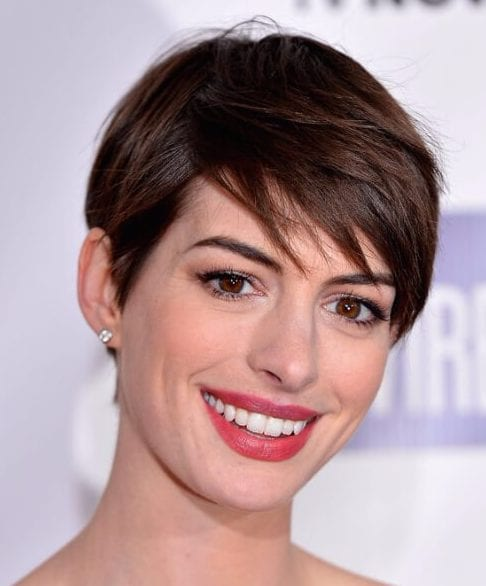 anne hathaway short hair with bangs