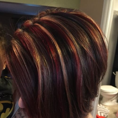 jazzy short hair with highlights