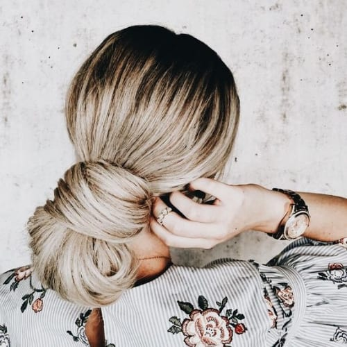 jumbo low chignon blonde hairstyles