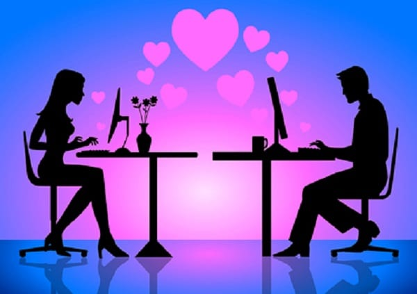 4 Ways Technology Can Save Your Long Distance Relationship